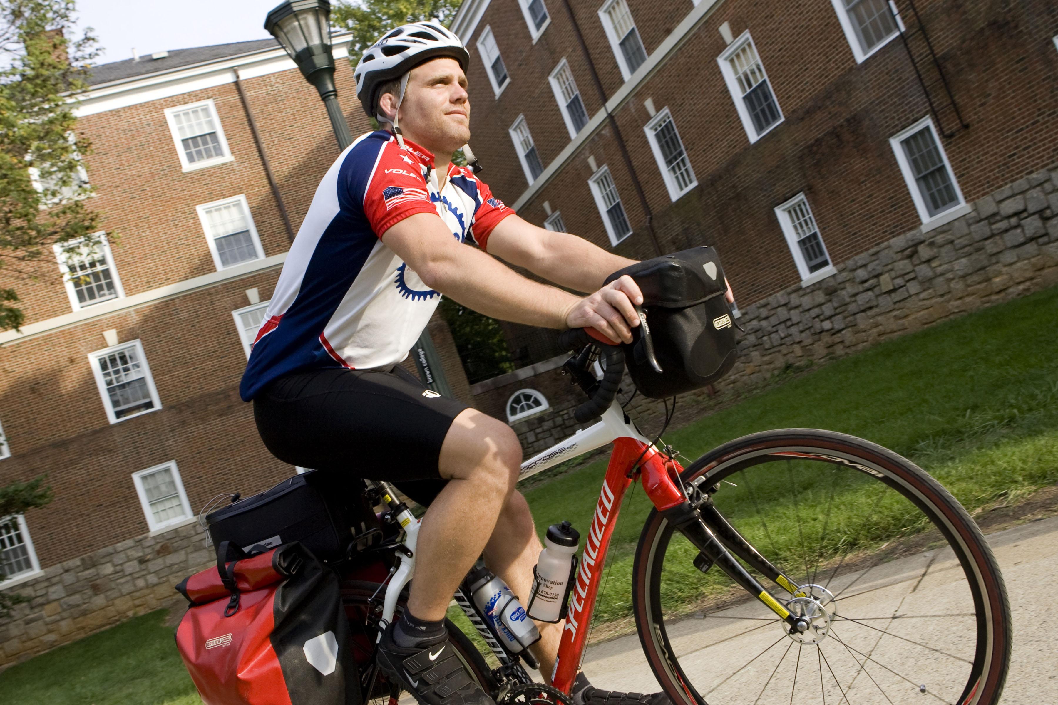 b4dec59b1 U.Va. to Peddle Bikes for Students