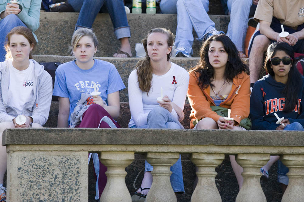 U Va Community Pauses To Remember Virginia Tech Victims On One Year Anniversary Uva Today