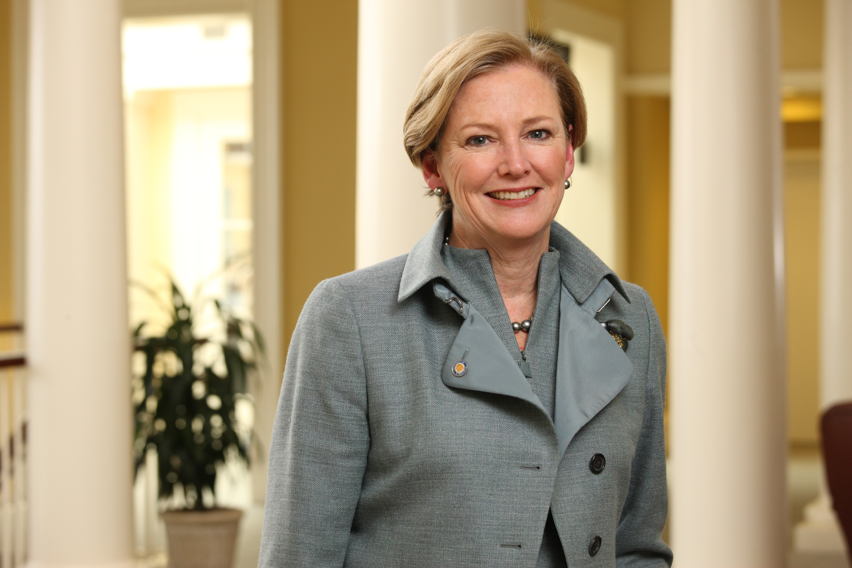 Interview With Ceo >> DuPont CEO Ellen Kullman Discusses Market-Driven Science ...