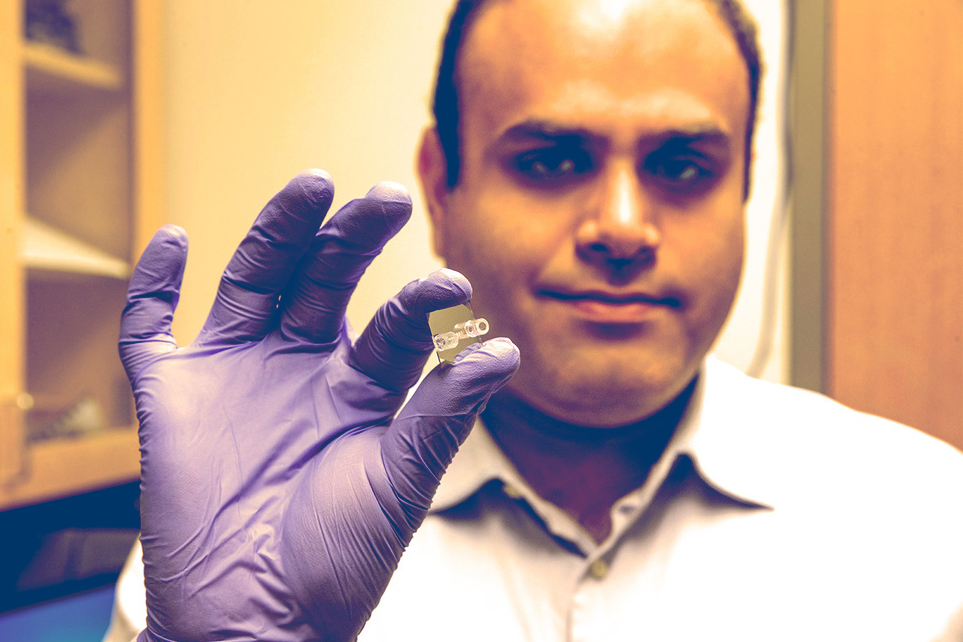 Electrical engineering graduate student Ali Rohani is developing a lab-on-a-chip-type device to better detect early stage cancer.