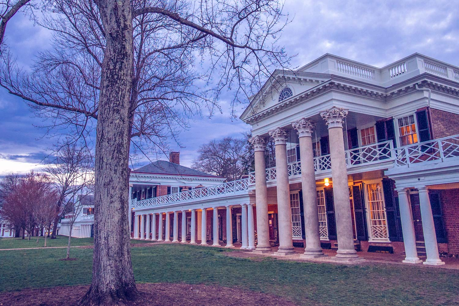Board of Visitors Reviews UVA Minimum Wage, Well Above Federal Levels