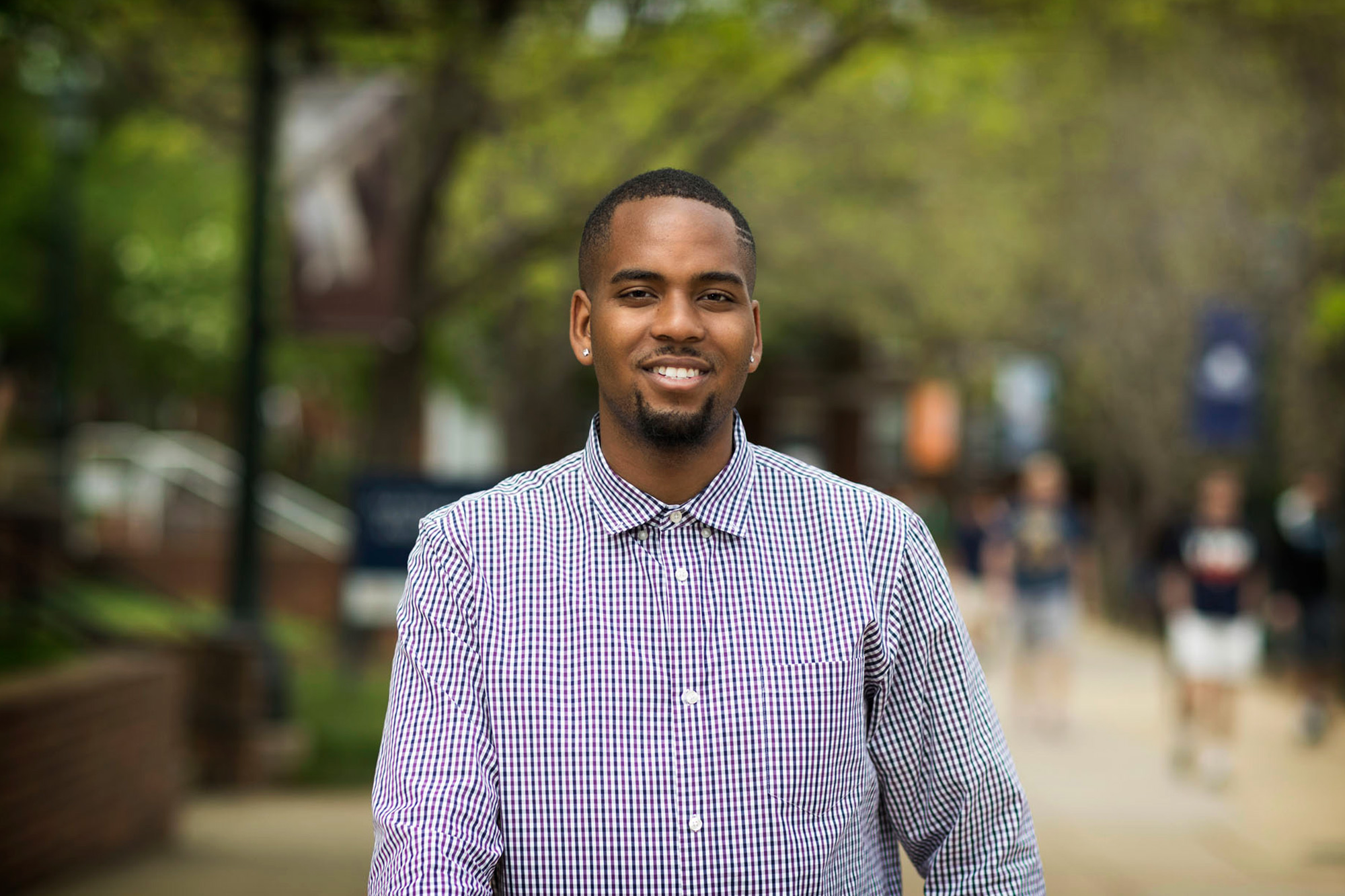 An early affinity for math and science evolved into a focus on engineering for Darius Carter, who is working to inspire more African-Americans to follow in his footsteps.