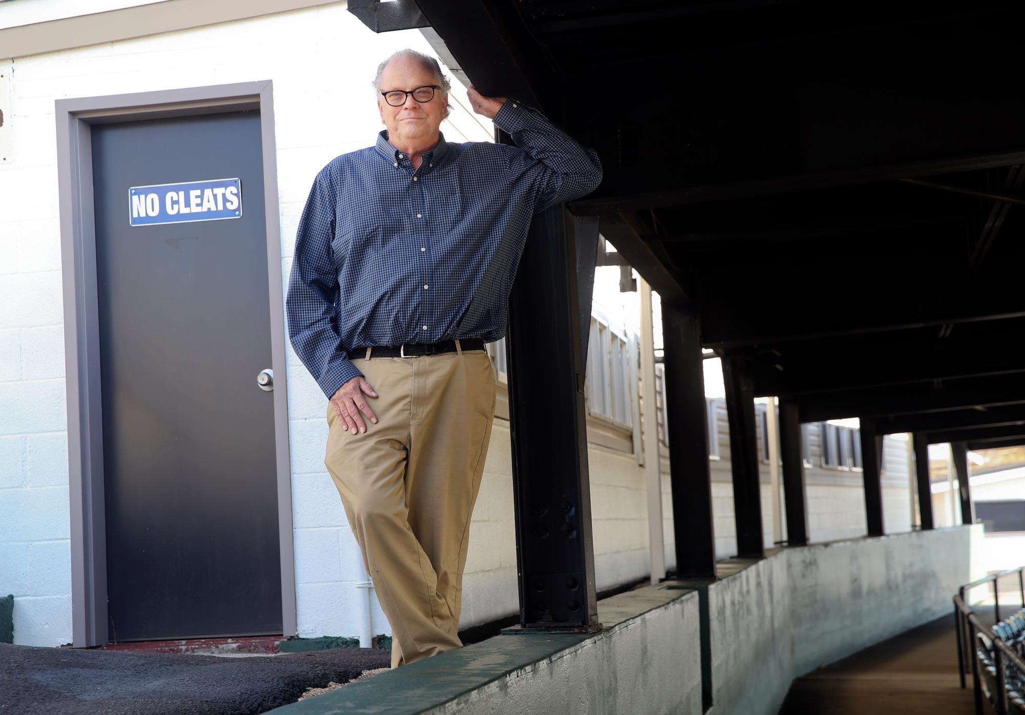 Hall of Fame sports writer Doug Doughty covered more than 2,000 UVA football and basketball games for the Roanoke Times. (Photo by Heather Rousseau, Roanoke Times)