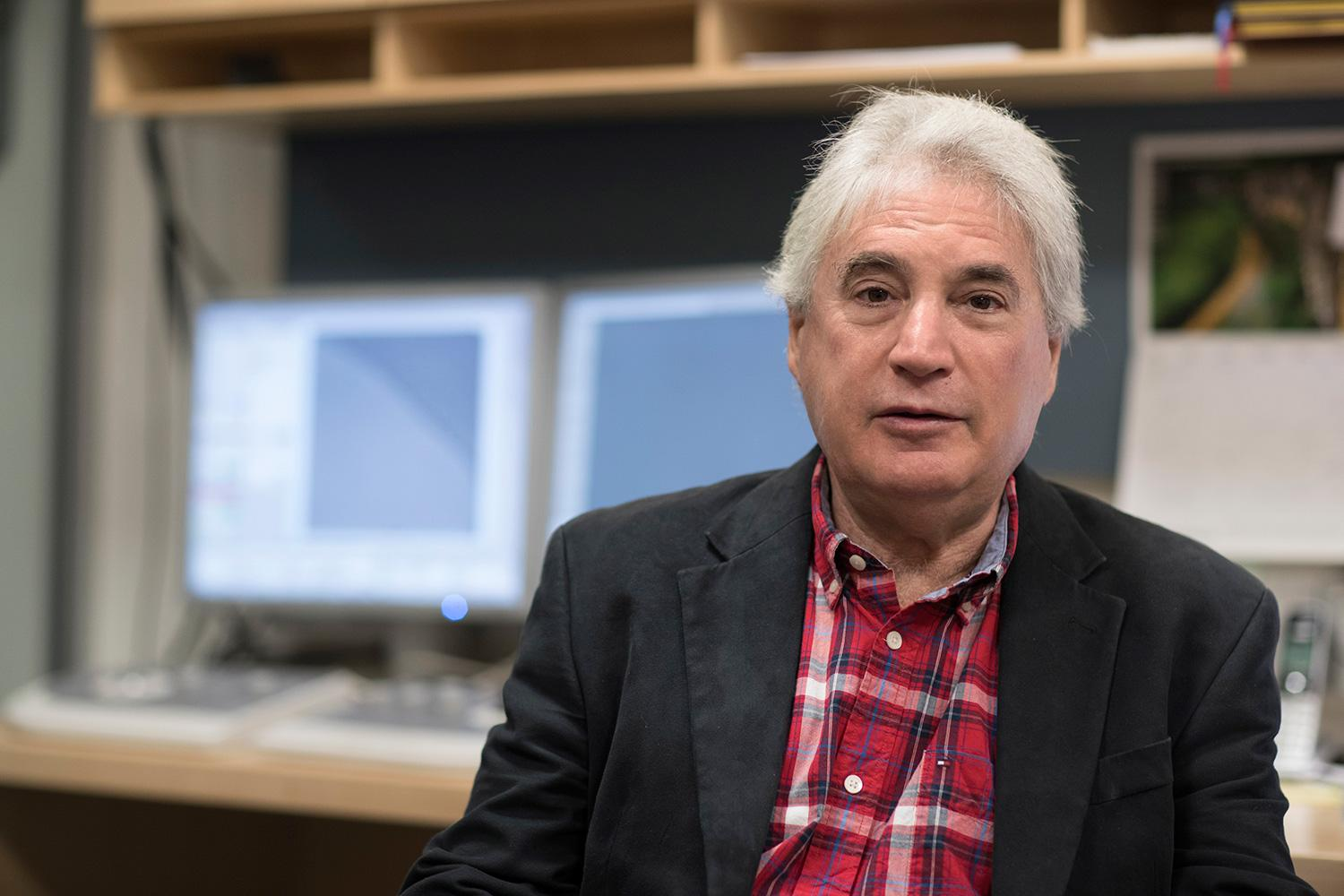 Edward Egelman has attracted national and international headlines for amazing discoveries at the submicroscopic level.