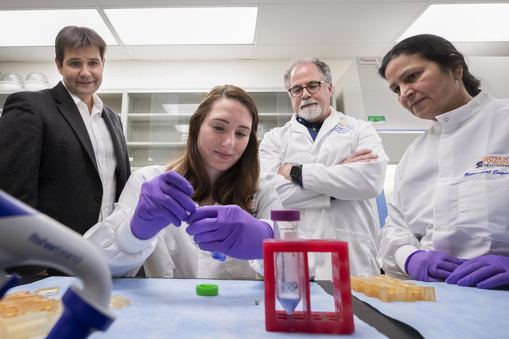 Engineers Develop Device to Automate Tissue Manufacturing for Muscle Repair