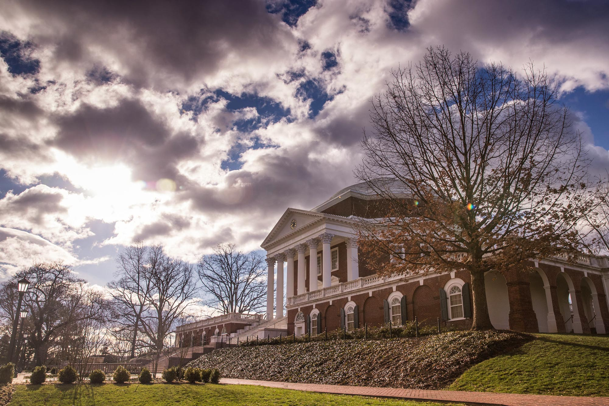 Princeton Review: UVA Near the Top in Return-On-Investment Ranking