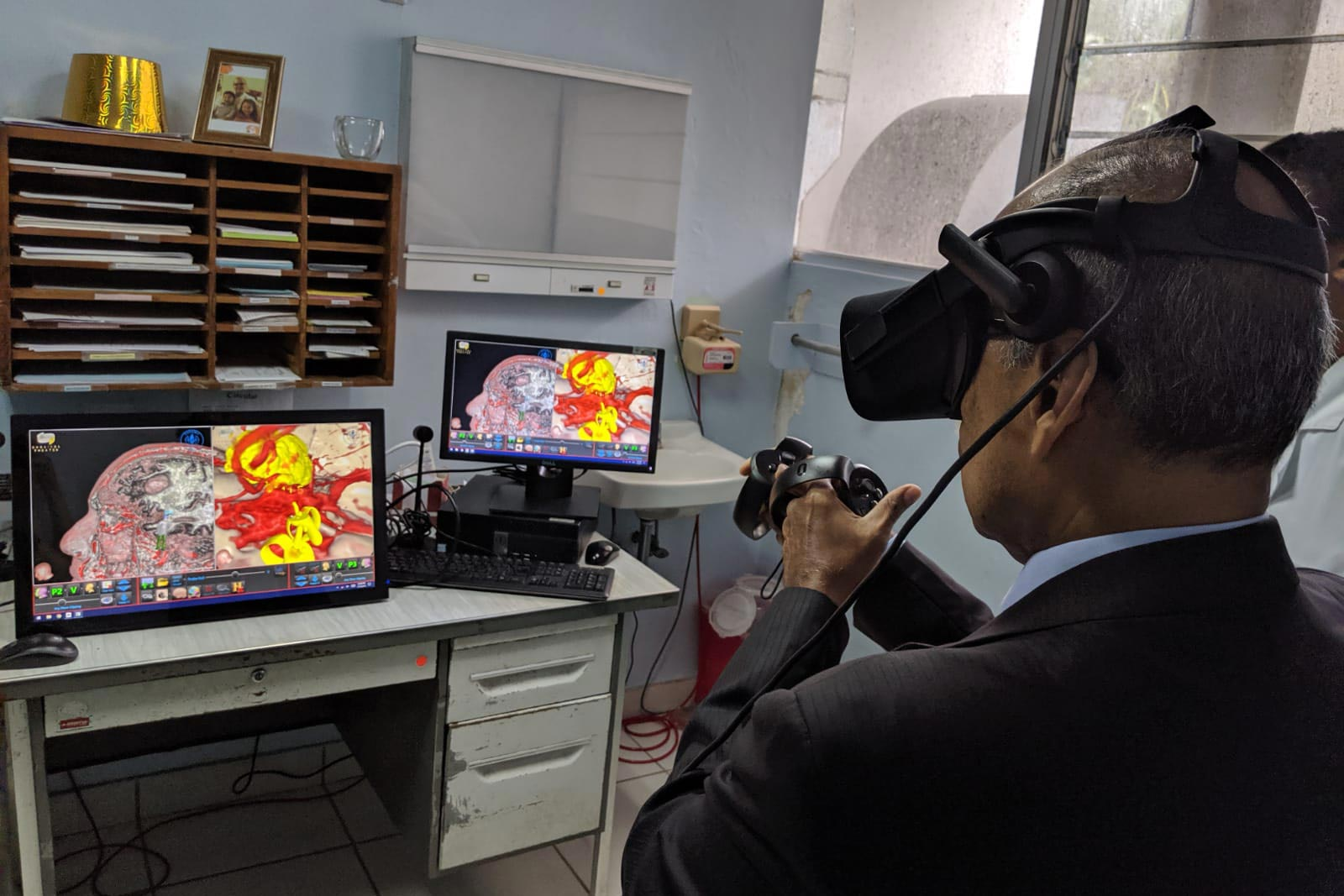 Virtual reality technology allows trainees to access MRI scans, practice surgeries and review cranial anatomy.