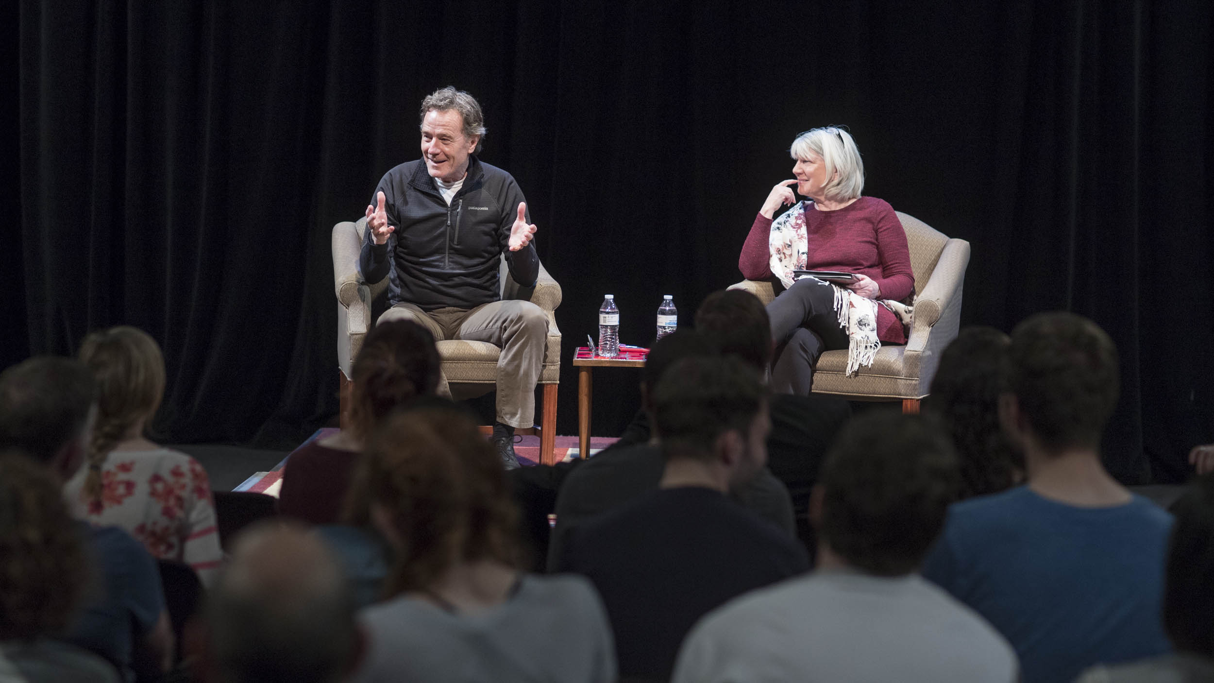 The day before taking the stage at John Paul Jones Arena, Cranston held a more intimate Q&A session for UVA drama students, sharing advice for breaking into the entertainment business. (Photo by Sanjay Suchak, University Communications)