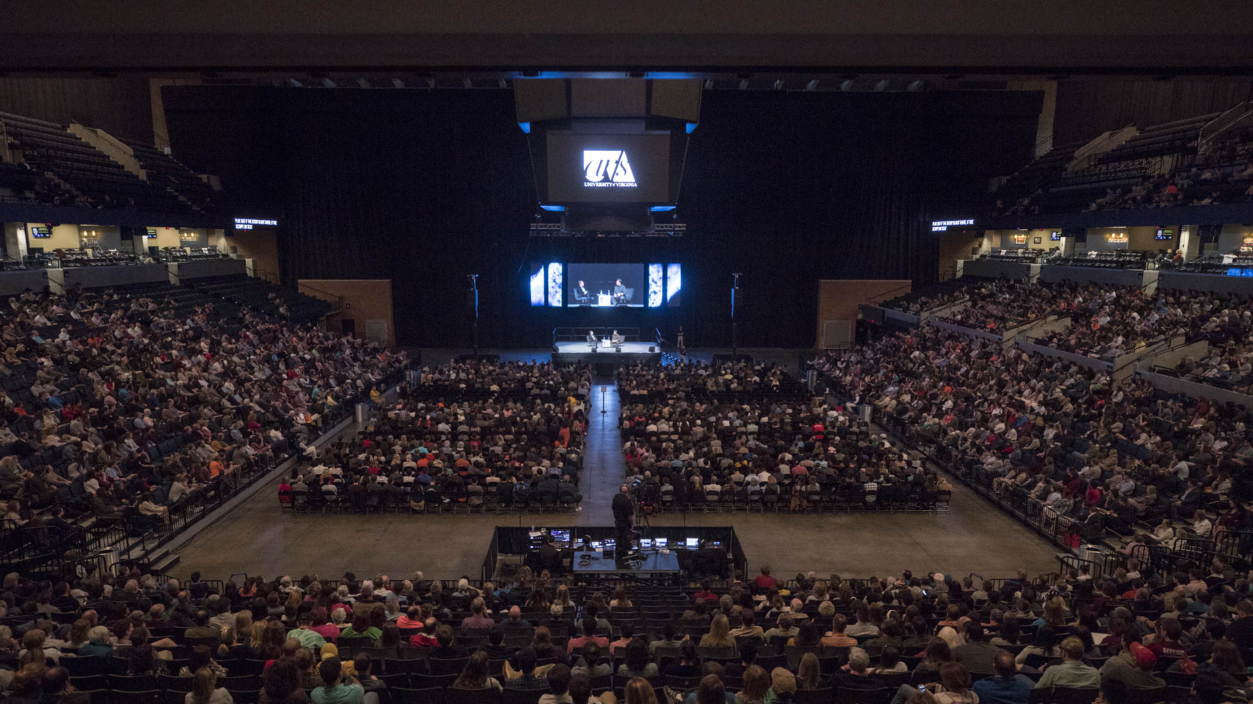 Thousands filled the lower portion of John Paul Jones Arena, eager to catch a glimpse of the actor. (Photo by Sanjay Suchak, University Communications)