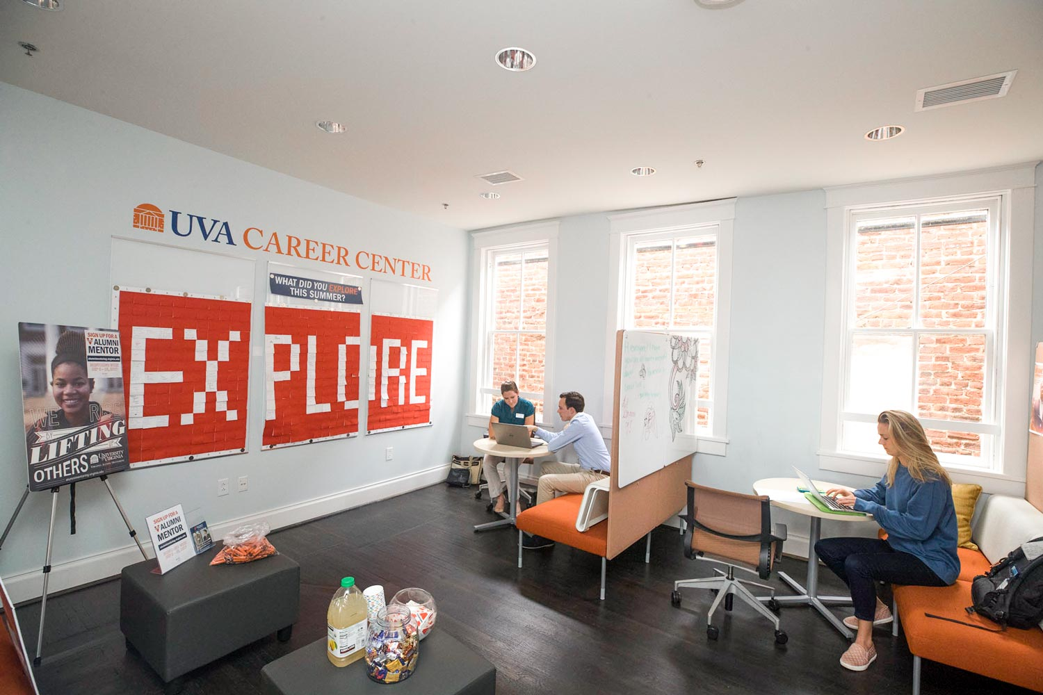 The second-floor space has plenty of room for students to talk with advisors, attend workshops, study and enjoy coffee and snacks.