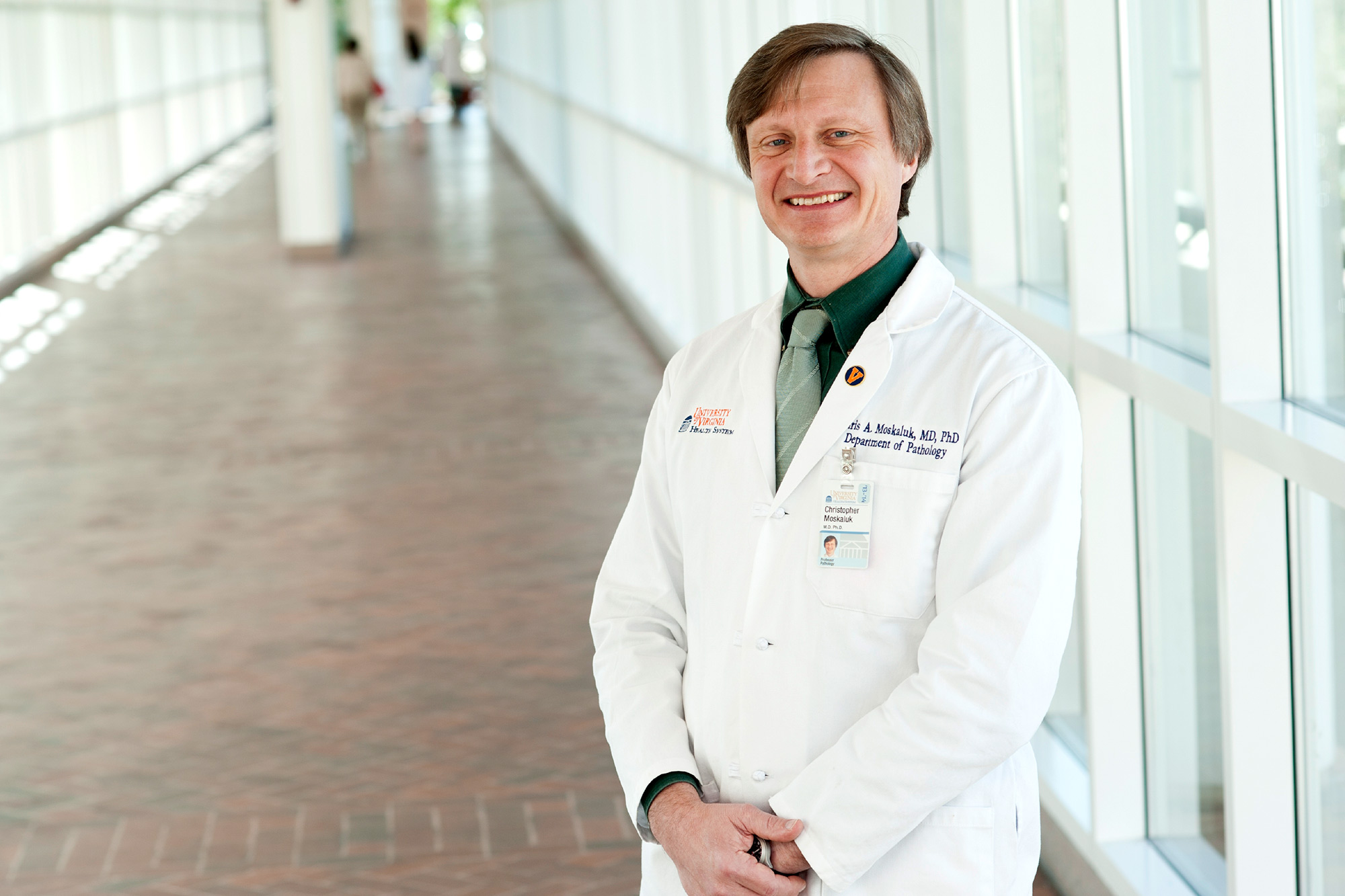 Dr. Christopher Moskaluk is directing the Lung Cancer Biospecimen Resource Program, which provides pathology samples from cancer patients to cancer researchers.