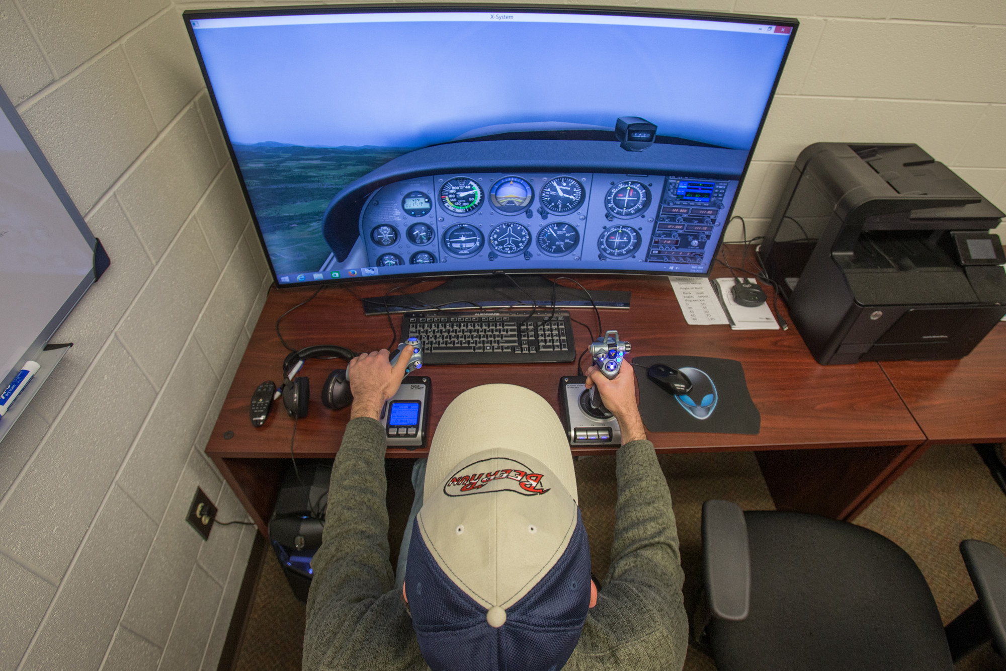 Flight Simulator Allows Engineering Students to Experience ...