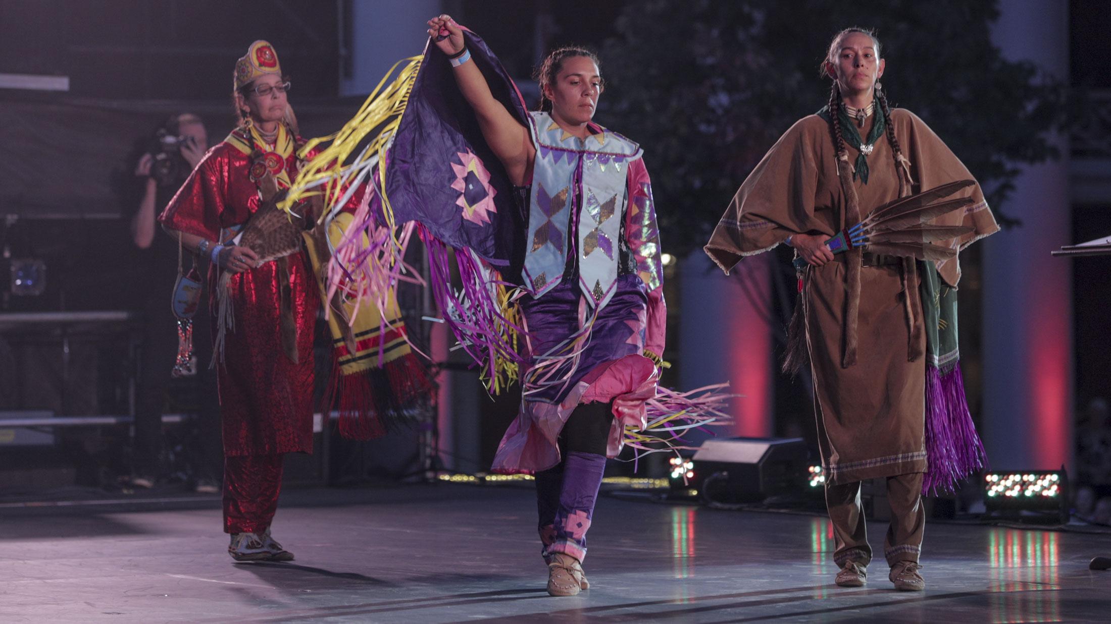 Monocan dancers