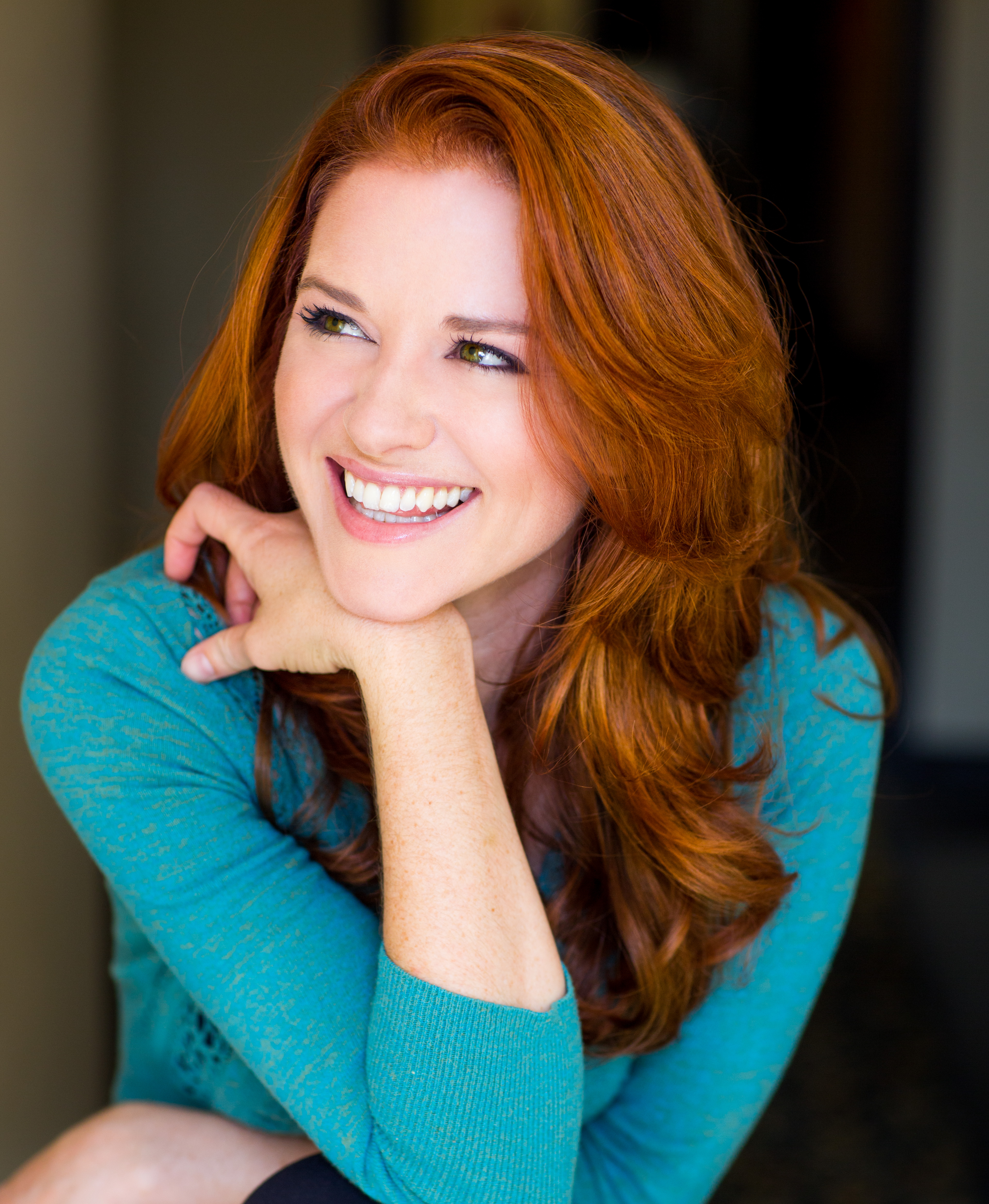 Alumna Sarah Drew Star Of Grey S Anatomy To Speak At