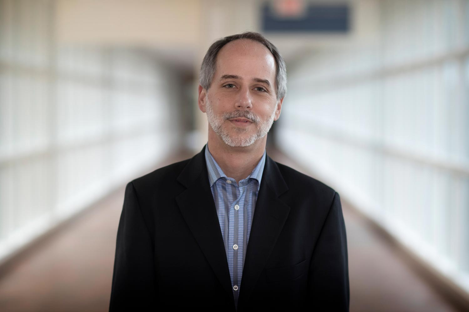 Jeffrey Holmes heads UVA's new Center for Engineering in Medicine.