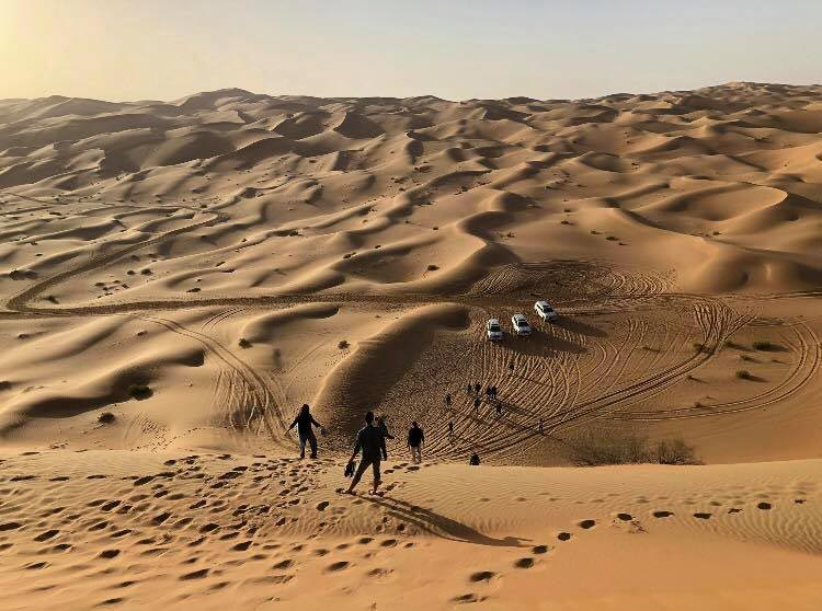 "Jaspers and fellow students experienced the desert in the United Arab Emirates, along with visiting South Africa and Hong Kong, in the J-term course, ""World of Investing & International Relations."""