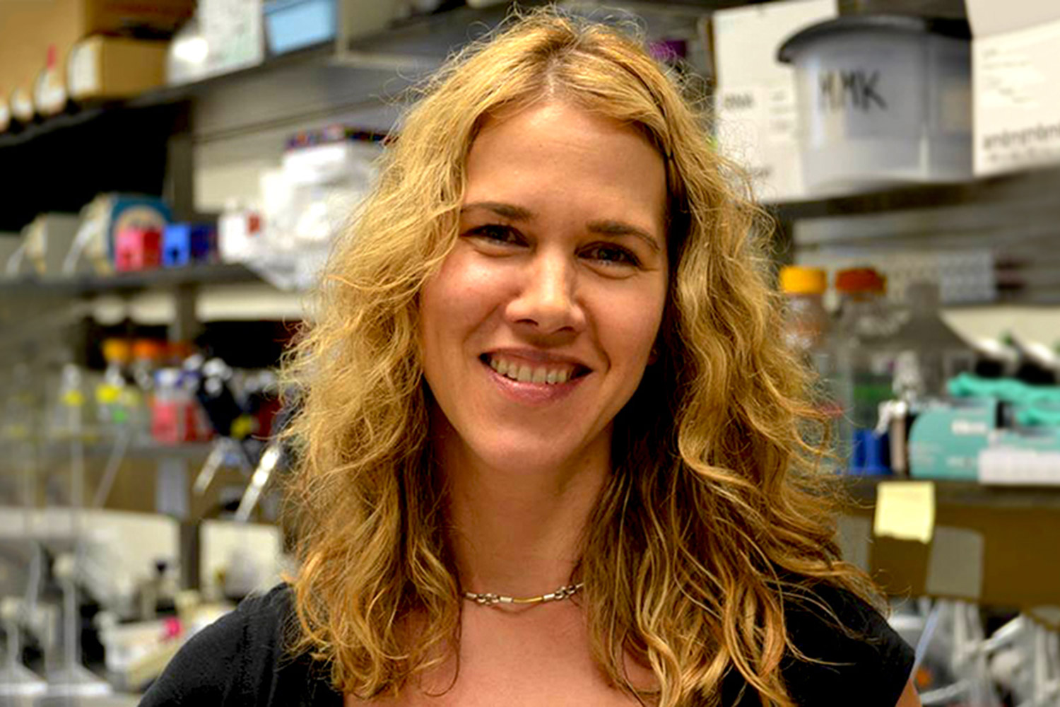 Melissa Kendall credits institutional support and talented grad students for helping her win the American Society for Microbiology's Merck Irving S. Sigal Memorial Award.