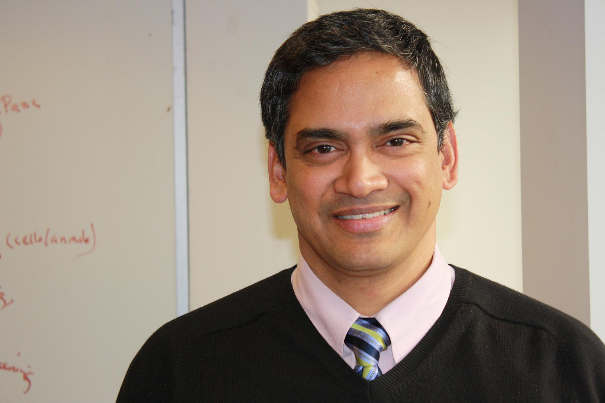 """Kodi S. Ravichandran was honored for his research on """"cell clearance"""" or how the human body turns over cells. (Contributed photo)"""
