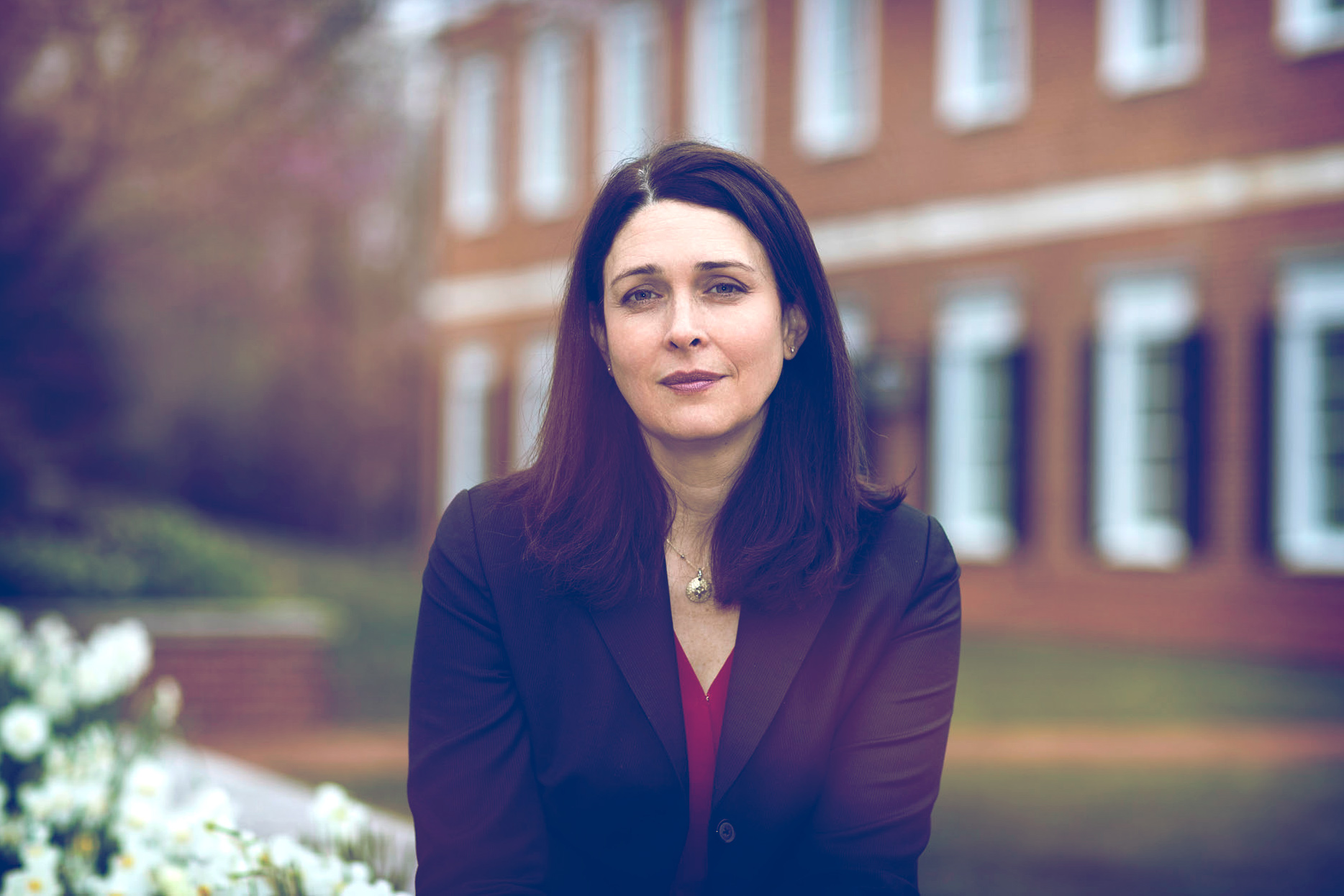 Kristin Behfar uses her research to teach MBA students how to create and manage successful teams.