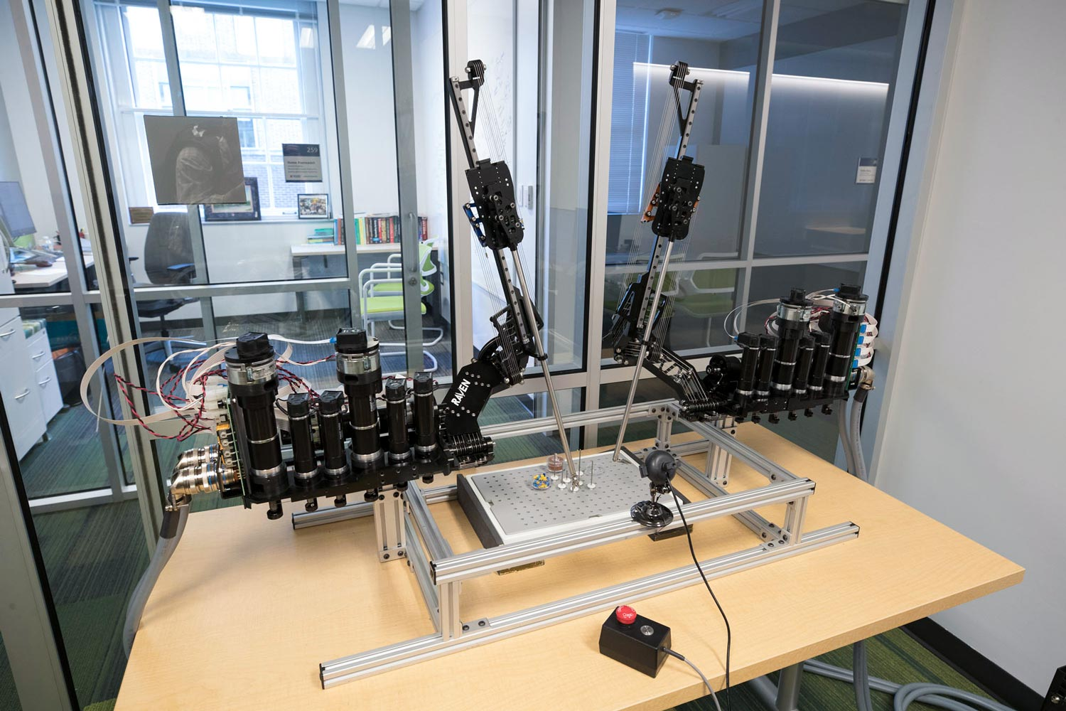 In a combination of medicine and engineering technologies, robots will be more fully assisting in surgeries.
