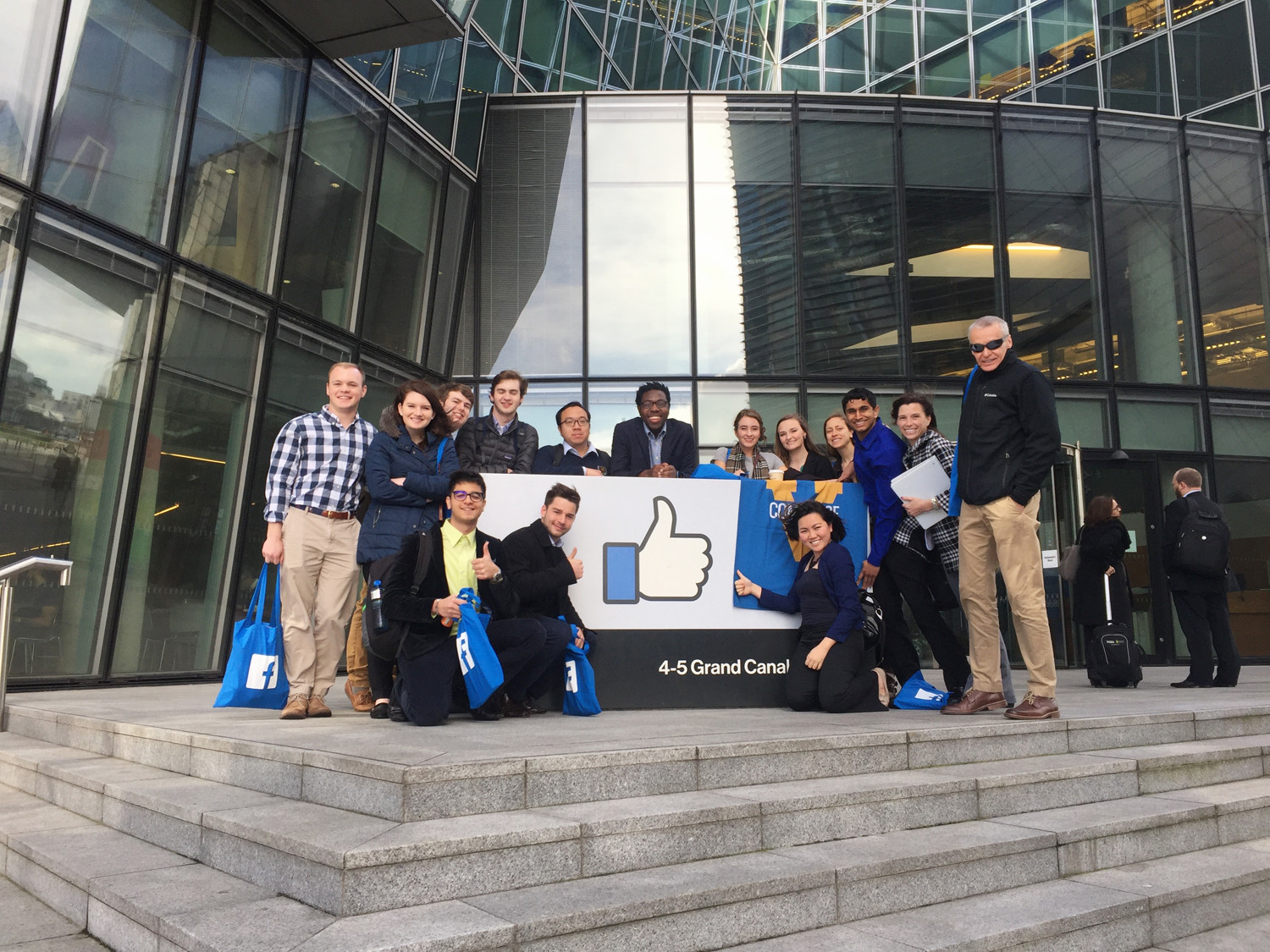 Students in front of Facebook's Dublin office. (Photo courtesy of Nicole Montgomery)