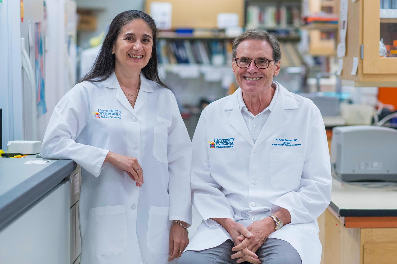 Dr. Maria Luisa S. Sequeira-Lopez, left, and Dr. R. Ariel Gomez (Photo by Sanjay Suchak, University Communications)