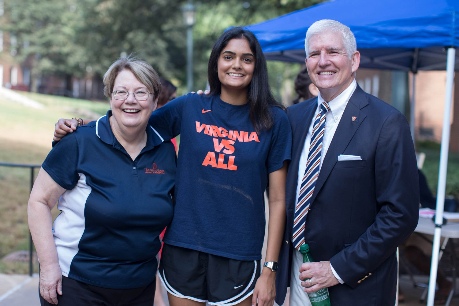UVA Dean of Students Allen Groves and President Teresa A. Sullivan greeted students and their families as they arrived on Grounds to move into their residence halls.