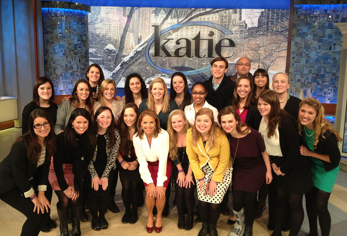 Students from Vaidhyanathan's 2014 J-term class pose with renowned journalist and UVA alumna, Katie Couric.
