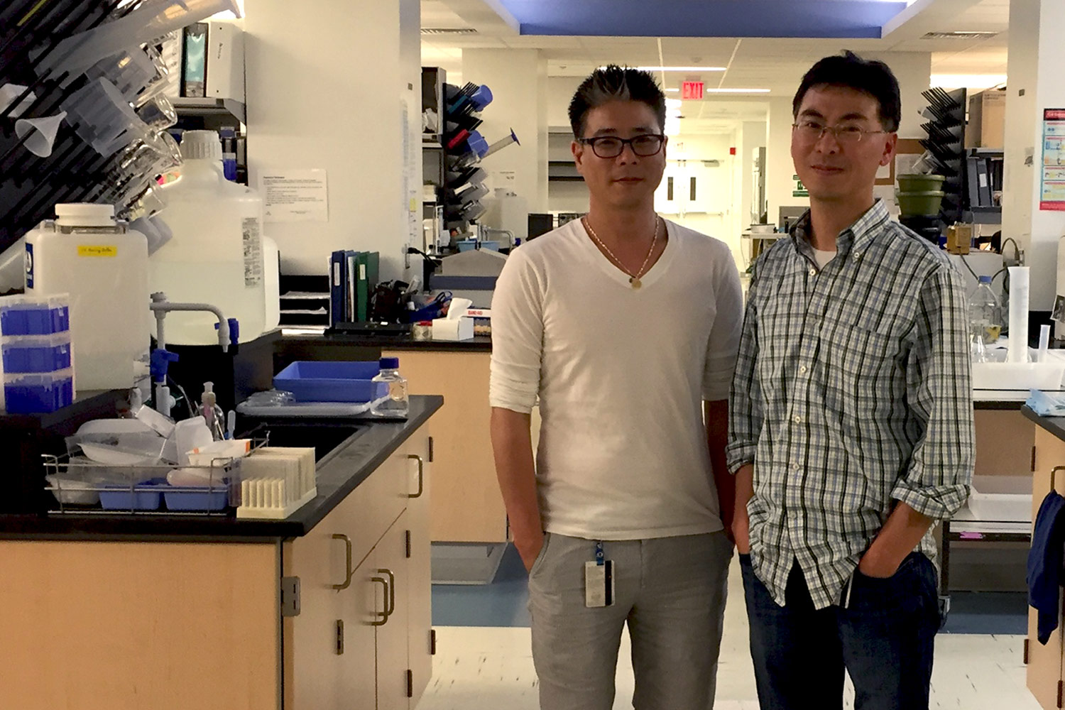 Dong-Wook Kim, left, is the first author of the paper, while Kwon Park is the senior author.