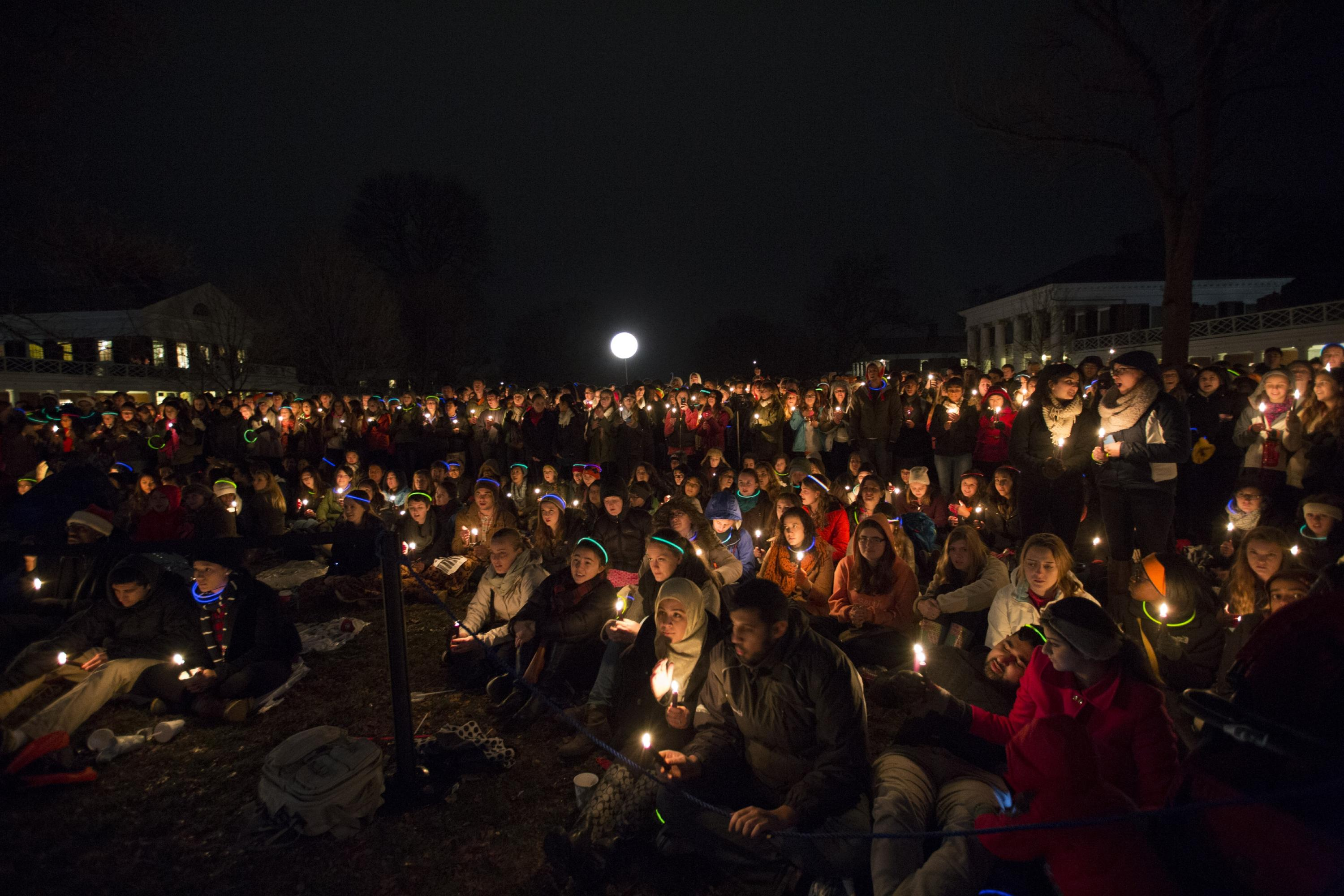 As the students began lighting their candles the fourth-year members of a capella groups led the crowd in a rendition of u201cLean on Me. & 14th Annual Lighting of the Lawn u0027Shines a Bright Light Into ...