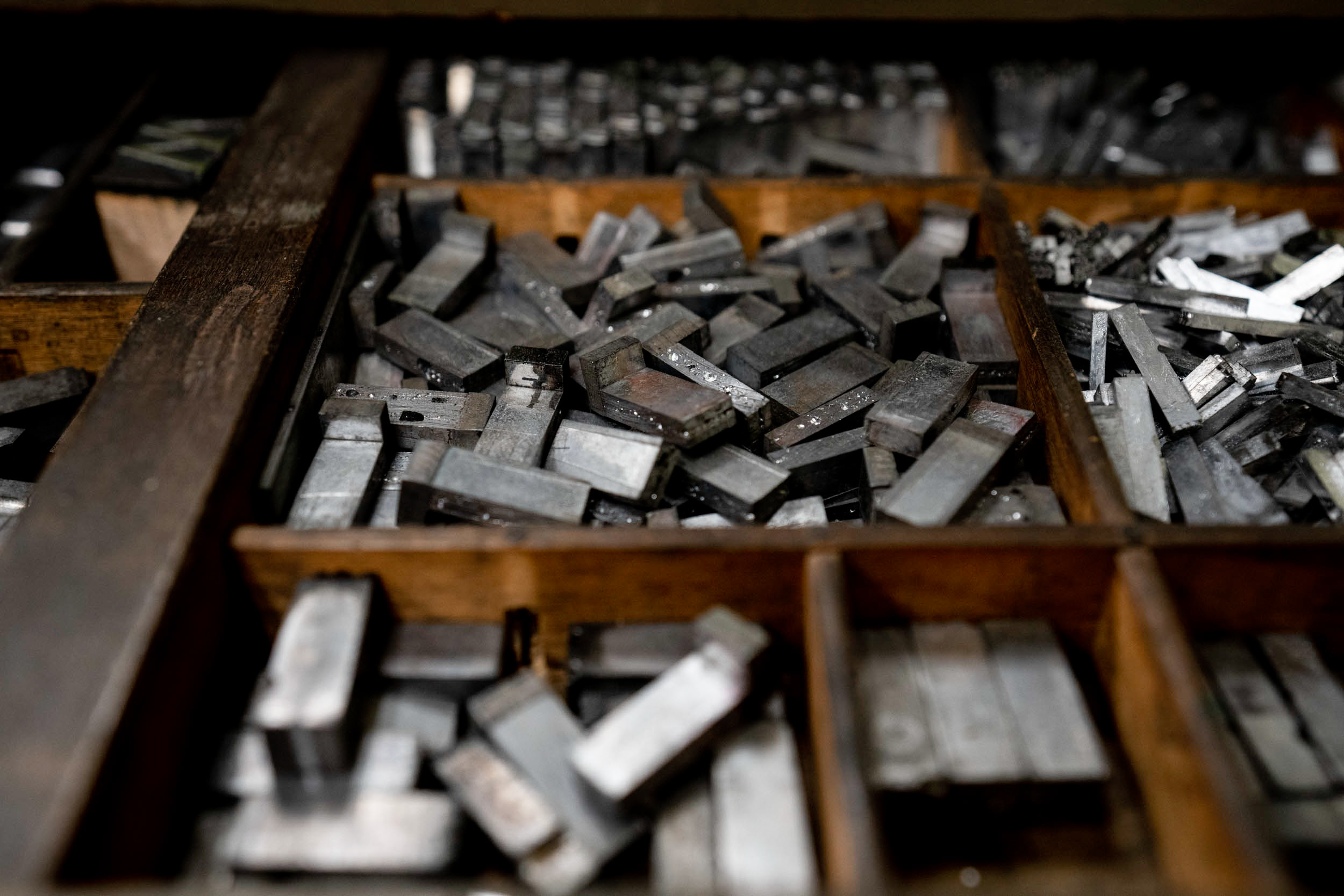 Rare Book School has a wide variety of typefaces for students to use on its Vandercook proof press.