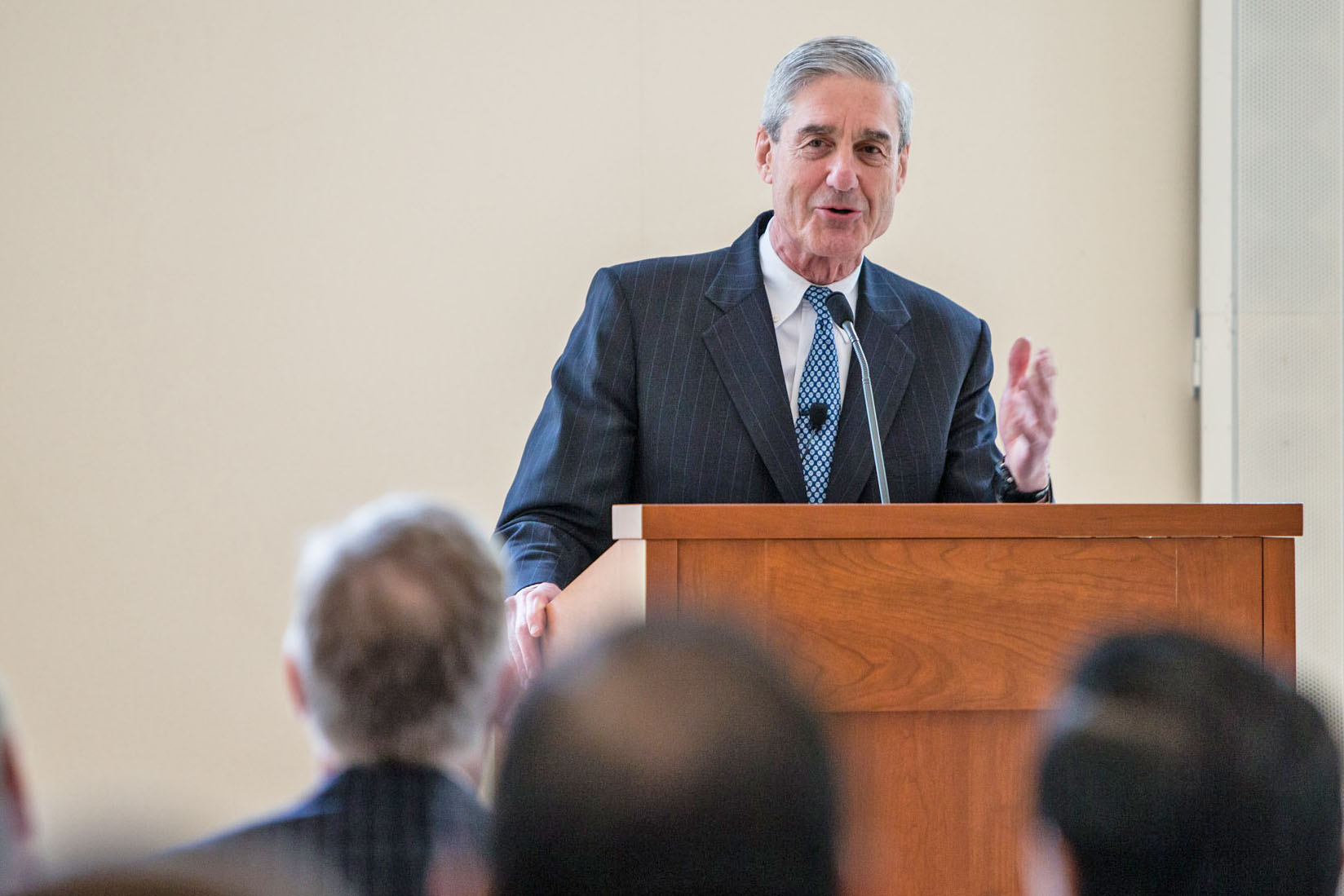 Robert Mueller speaking at the University of Virginia School of Law (Photo by Cole Geddy, University Communications)
