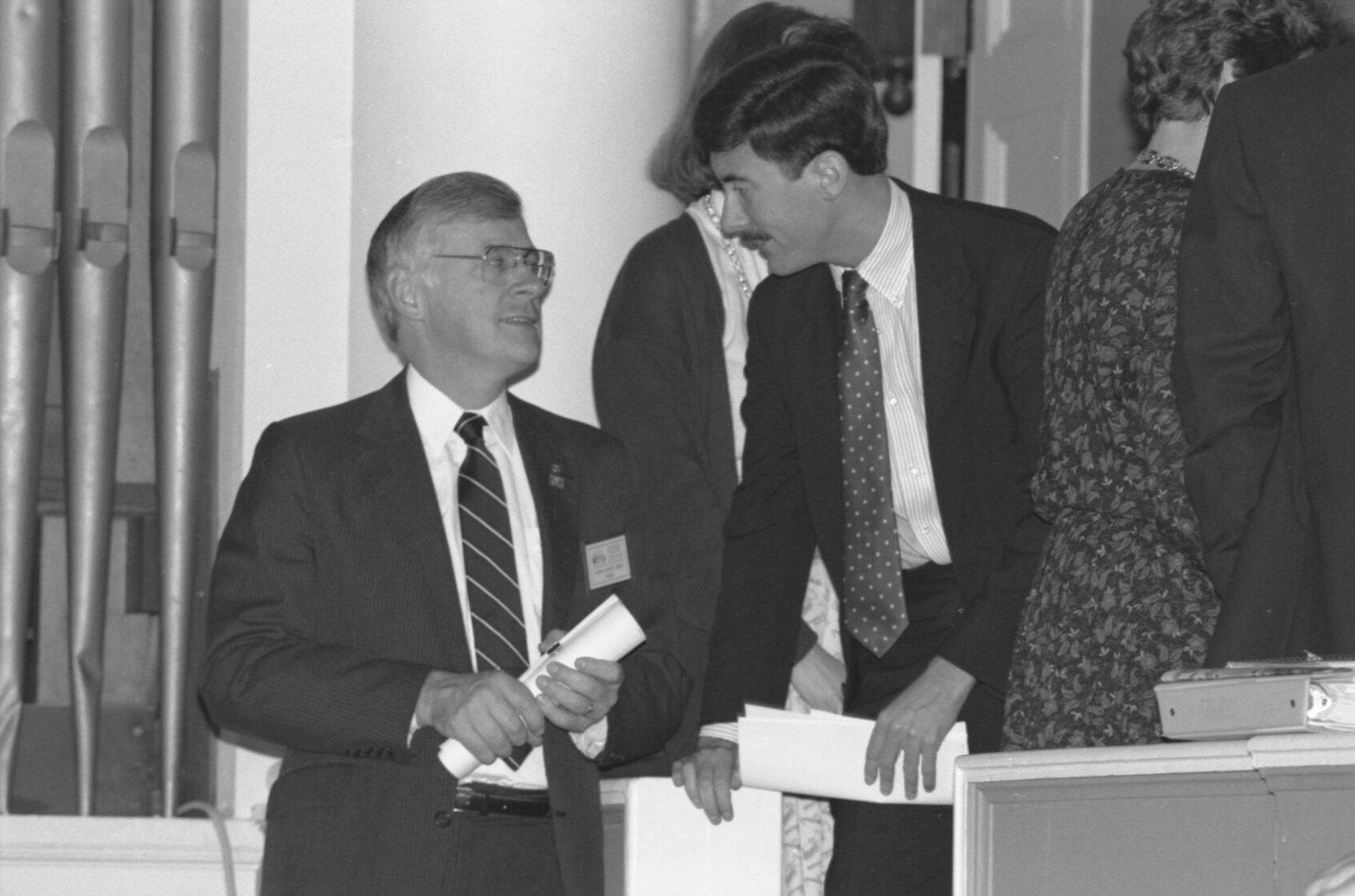 Professor Larry Sabato, right, at the education summit in 1989 with then-Gov. Gerald Baliles, who would go on to lead UVA's Miller Center of Public Affairs. (Photo courtesy Albert and Shirley Small Special Collections Library)