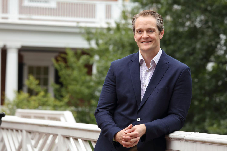 Sean Martin is an associate professor focused on leadership and organizational behavior.