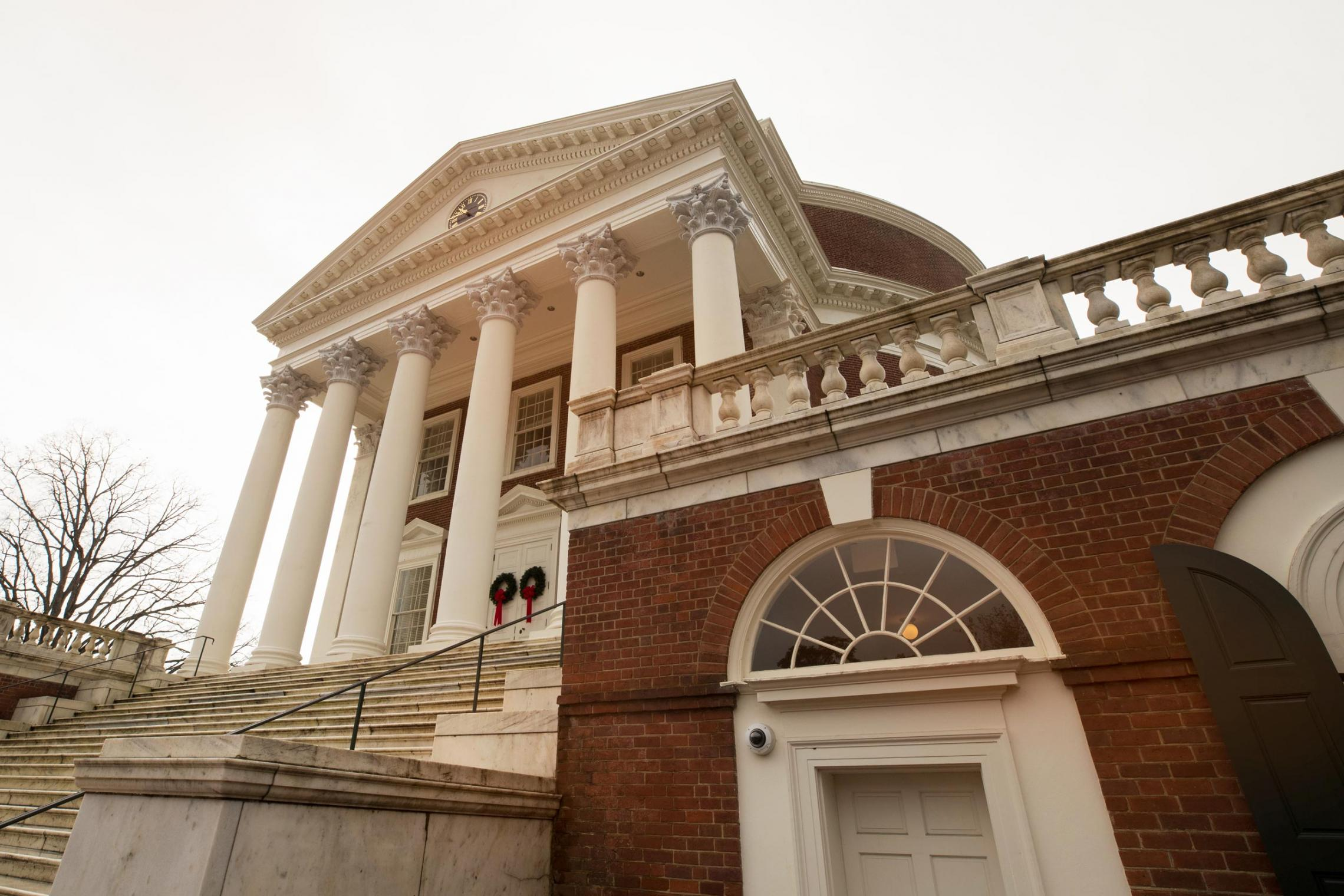 Leading Science Organization Adds Five More From UVA as Fellows