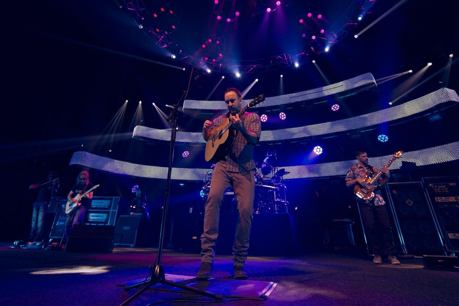 Dave Matthews Band performs