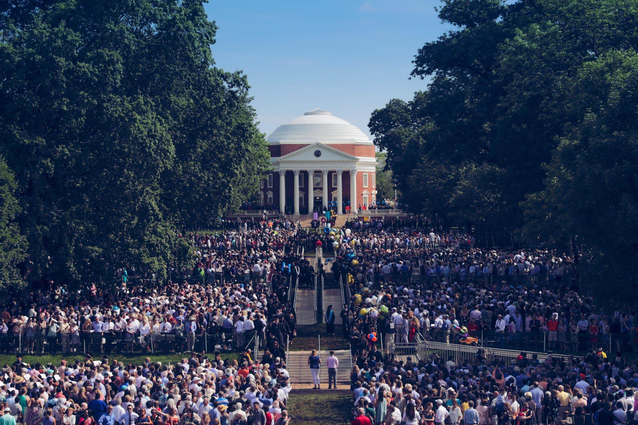 UVA Celebrates End of 2018-19 Academic Year With Three-Day Finals Weekend