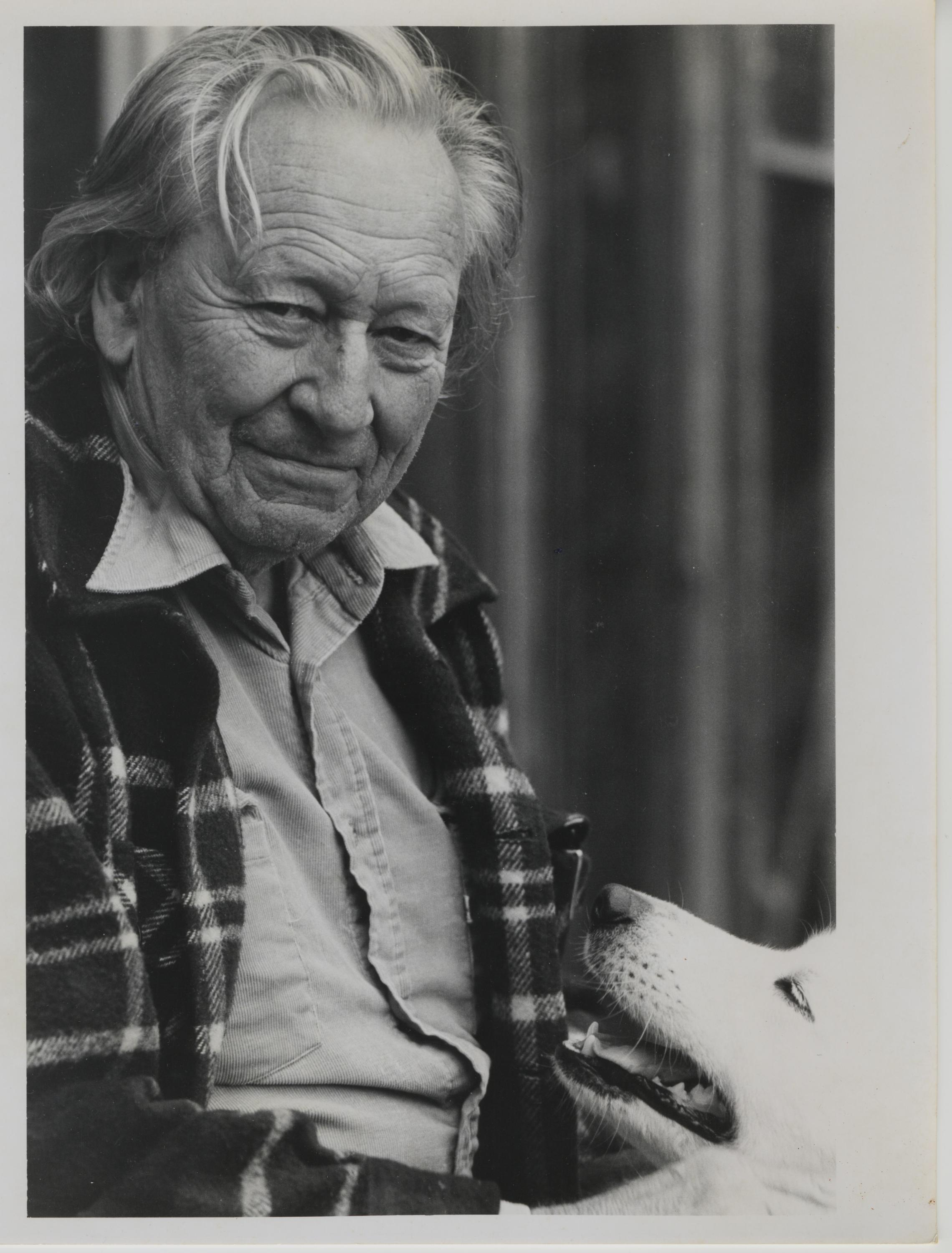 gregory bateson a man of many talents Gregory bateson suggested the influence of a circular system of causation, and proposed that: in short, the behavior of person x affects person y, and the reaction of person y to person x's behavior will then affect person x's behavior, which in turn will affect person y, and so on bateson called this the vicious circle.