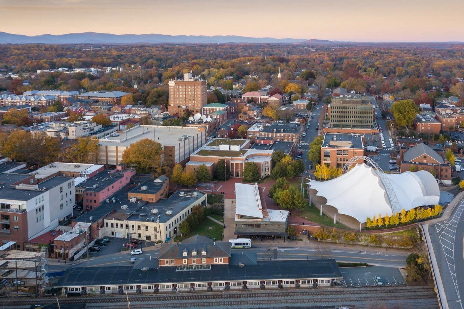 New Report Recommends Actions to Strengthen UVA's Ties to Community