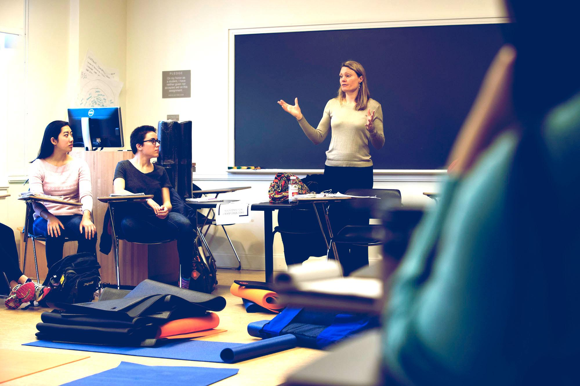 "Alumna Gretchen Steidle has taught the January term course, ""Conscious Social Change,"" at UVA for the past four years."