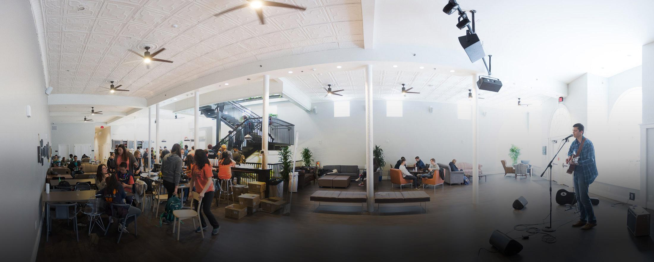 Students Move Into the New 1515 Building | UVA Today