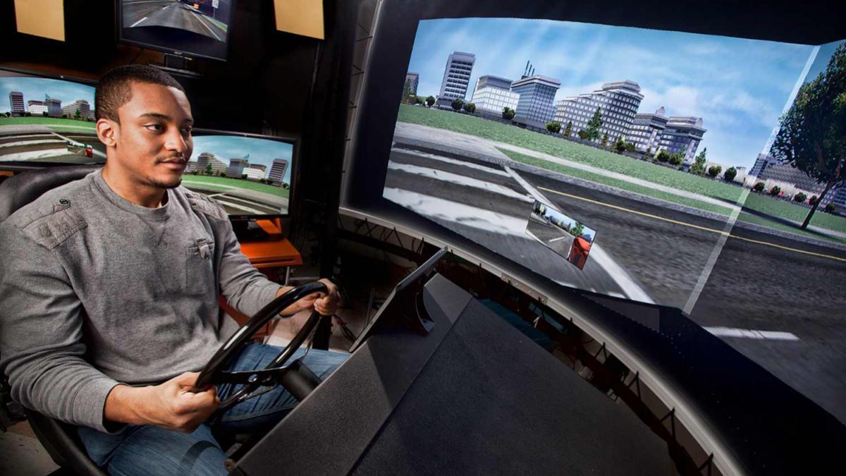 13007-driving-simulator-015-final-topaz_header.jpg