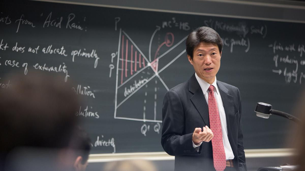 Dennis Yang is the Dale S. Coenen Free Enterprise Professor of Business Administration and academic director of Darden's Asia Initiative.