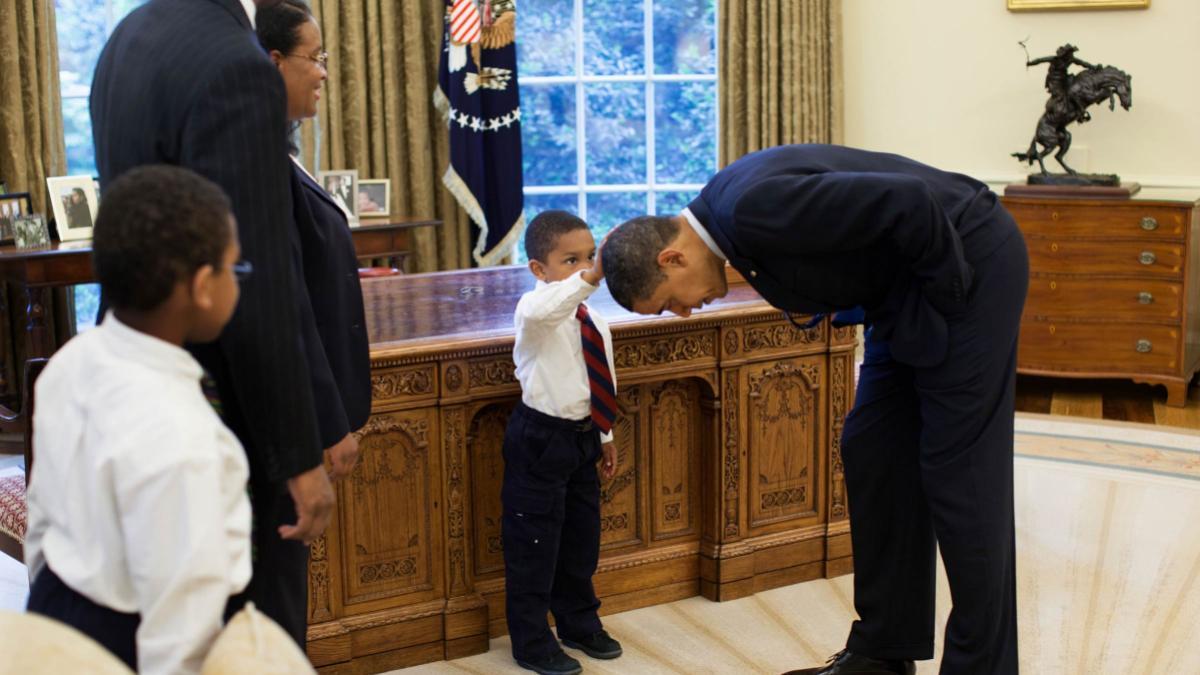 obama_hair_pete_souza_header.jpg