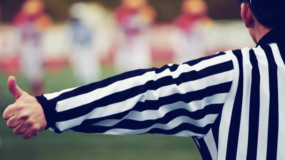 referee_header_3-2.jpg