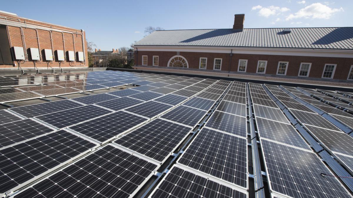 solar_panels_on_ruffner_14_da.jpg