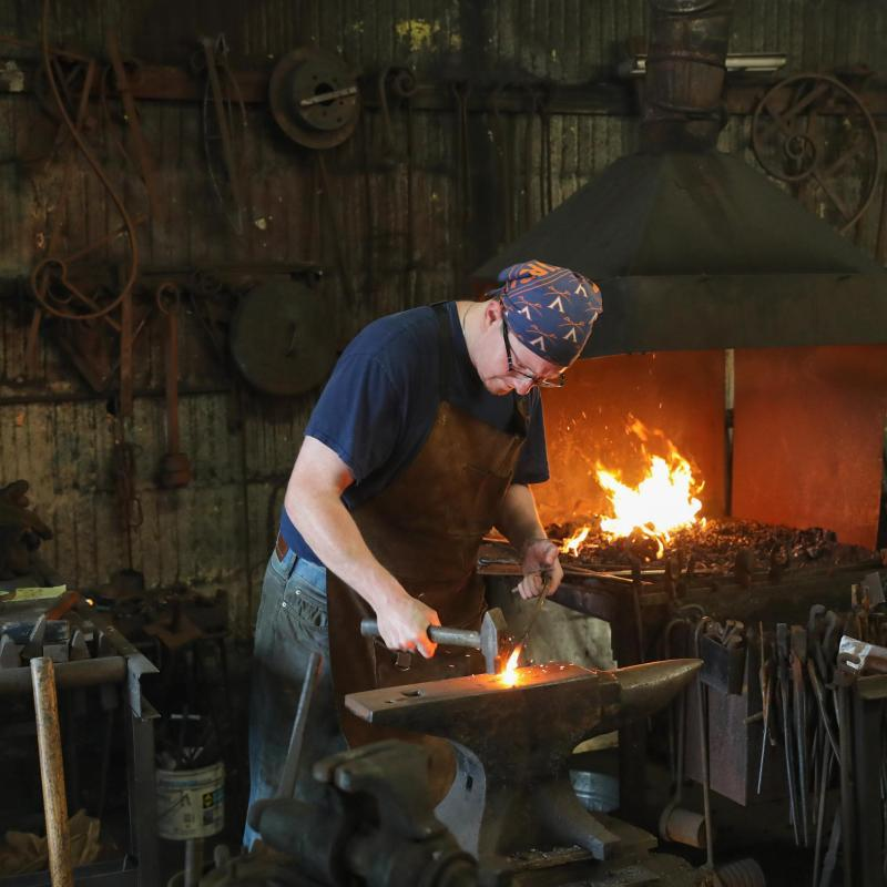 From New York City via the restaurant industry to UVA, Matt Stromberg took up blacksmithing while pursuing degrees in environmental engineering and environmental science.