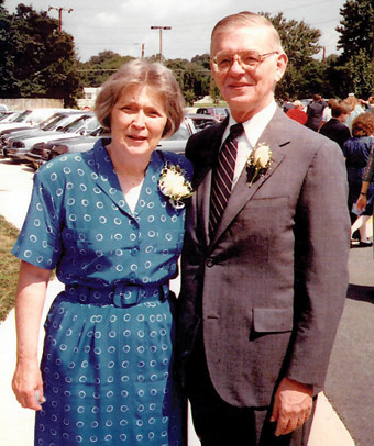 Elizabeth and Sam Allen, a 1953 UVA Law graduate, attend their son Ted's wedding in 1986.