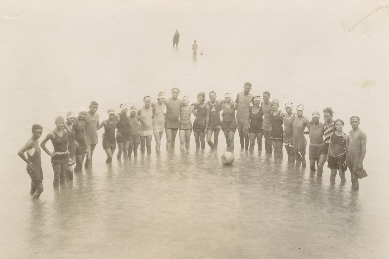 Visitors to Gulfside Assembly, an African-American religious resort in Waveland, Mississippi, bathing in the Gulf of Mexico in the 1920s. (Photographs and Prints Division, Schomburg Center for Research in Black Culture, New York Public Library, Astor, Lenox and Tilden Foundations)