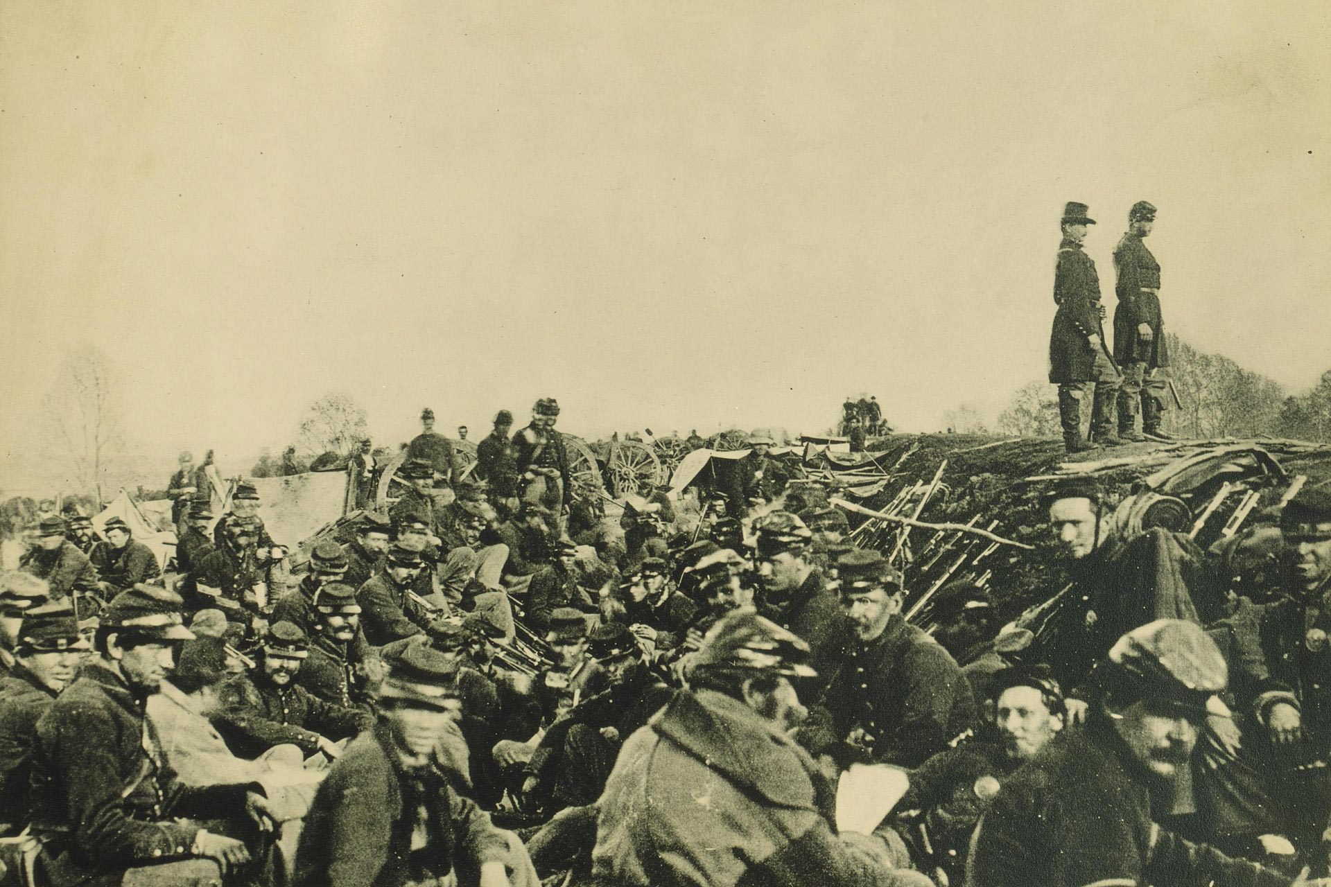 Entrenched Union soldiers. (National Archives)